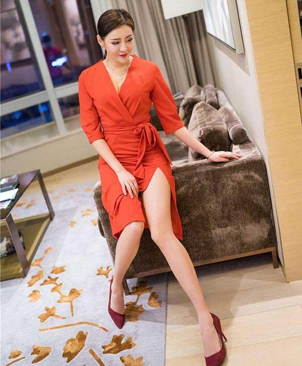 30岁的女人还未现衰老!姿色呀,卖萌呀,都集聚诱惑力。