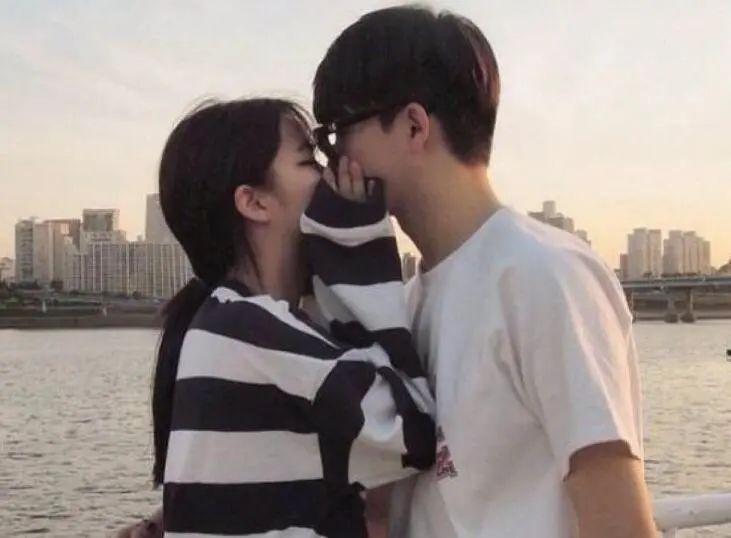 追女生的时候,不要总说我喜欢你我爱你